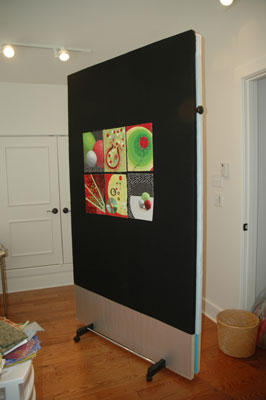 portable design wall black side